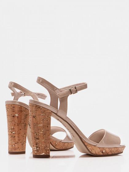 Sieviešu augstpapēžu kurpes tamaris